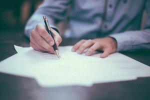 podpisywanie-umowy-pozyczki
