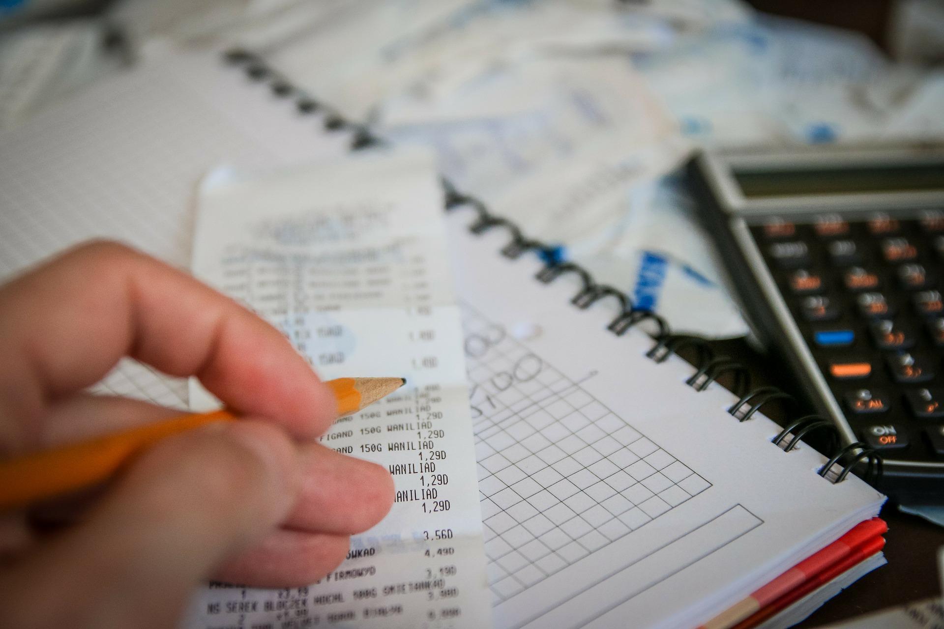 Jak rozłożyć spłatę pożyczki na raty?