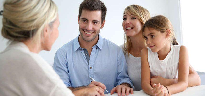 ludzie szukający pożyczki na 12 miesięcy